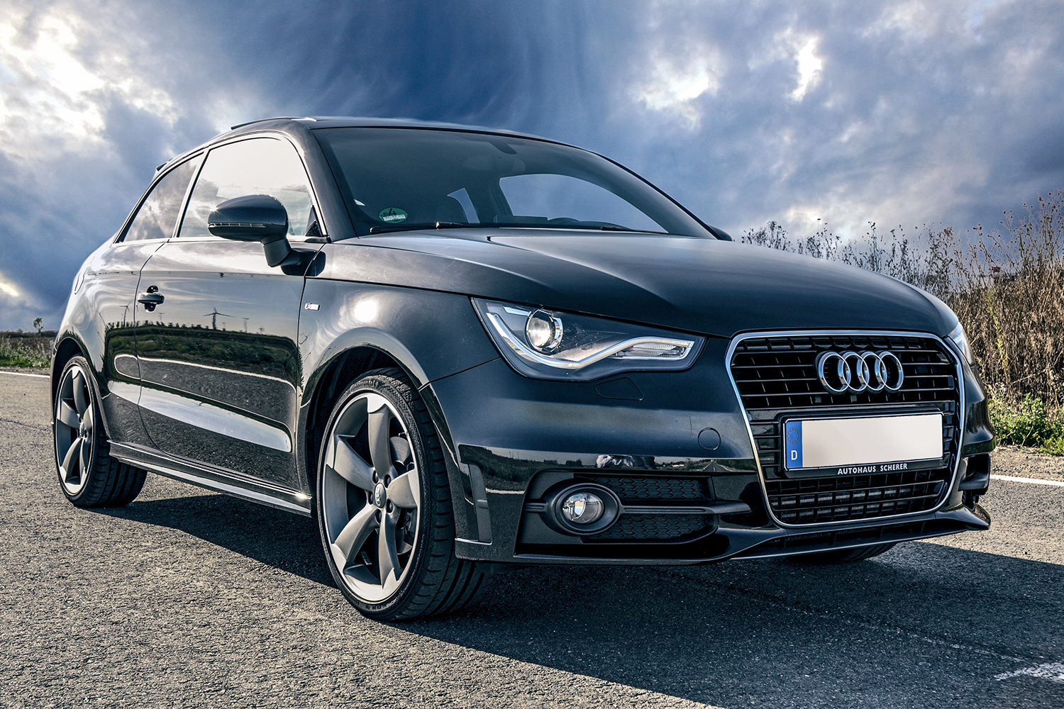 "<span style=""font-weight: bold;"">Audi A1</span><br>"